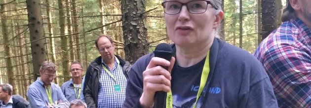 Anna Marntell delar erfarenheterna från skogsskadeprojektets arbete i mellansverige.