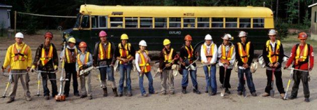 Kanadensiska indianer kan jobba i skogen igen.