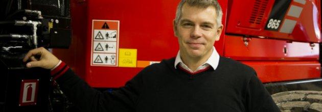 – Långsiktiga ägare som vågar satsa. Enligt försäljningschefen Peter Hasselryd är det förklaringen till att Komatsu har gått om John Deere och är marknadsledare på skotare i Sverige.