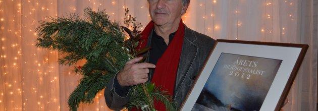 Maciej Zaremba, journalist på Dagens Nyheter, tilldelas priset Årets Miljöjournalist 2012 för sin artikelserie Skogen vi ärvde.