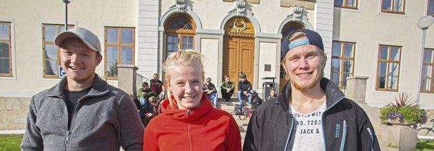 Nils Jonsson, Helena Jonsson och Linus Lindmark på skogsmästarprogrammet.
