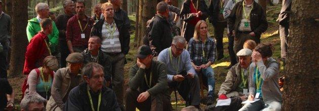 Just nu grubblar vi: Vem ska hjälpa till att få ihop en bra styrelse till 8000 skogsfantaster?